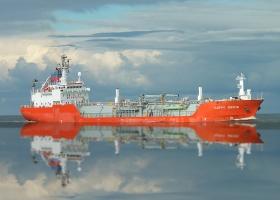 Addestramento avanzato per le operazioni del carico delle navi cisterna adibite al trasporto di prodotti chimici