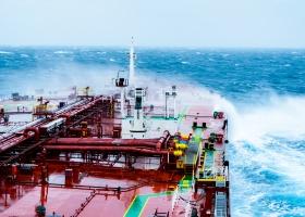 Addestramento di base per le operazioni del carico delle navi cistera adibite al trasporto di prodotti petroliferi e di prodotti chimici